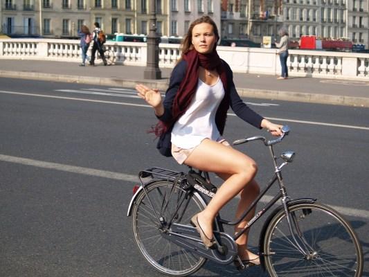 Les mesures envisagées par le gouvernement pour encourager la pratique du vélo