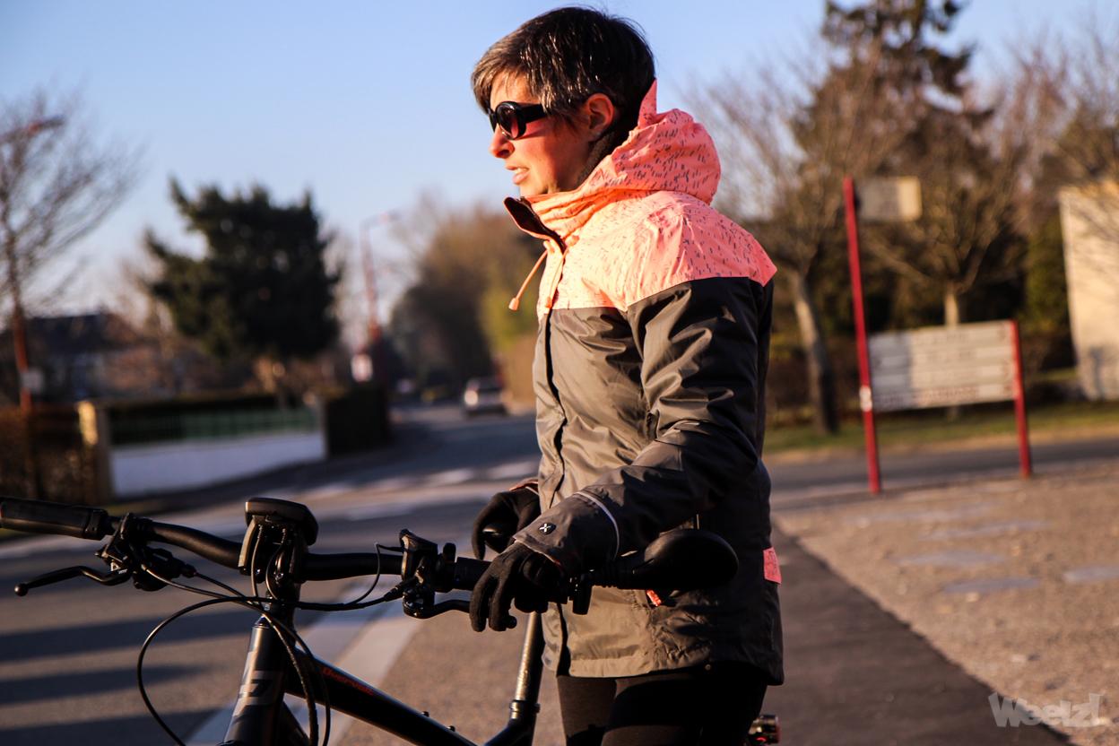 [Test] Veste Btwin Vélo Ville 900, pour garder le cycliste urbain au chaud