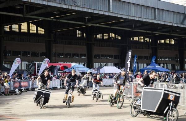 Course de vélos cargo à VELO Berlin