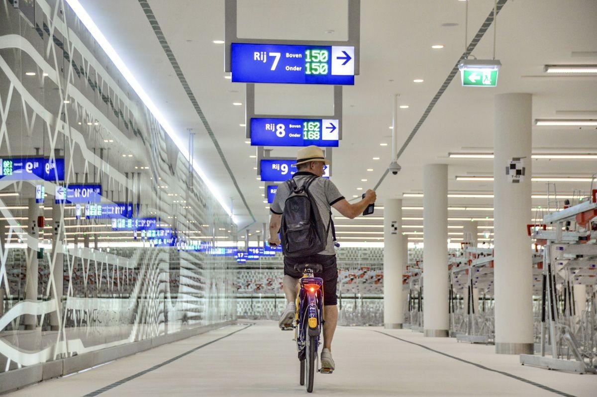 Le second plus grand parking à vélo des Pays-Bas vient d'ouvrir à La Haye