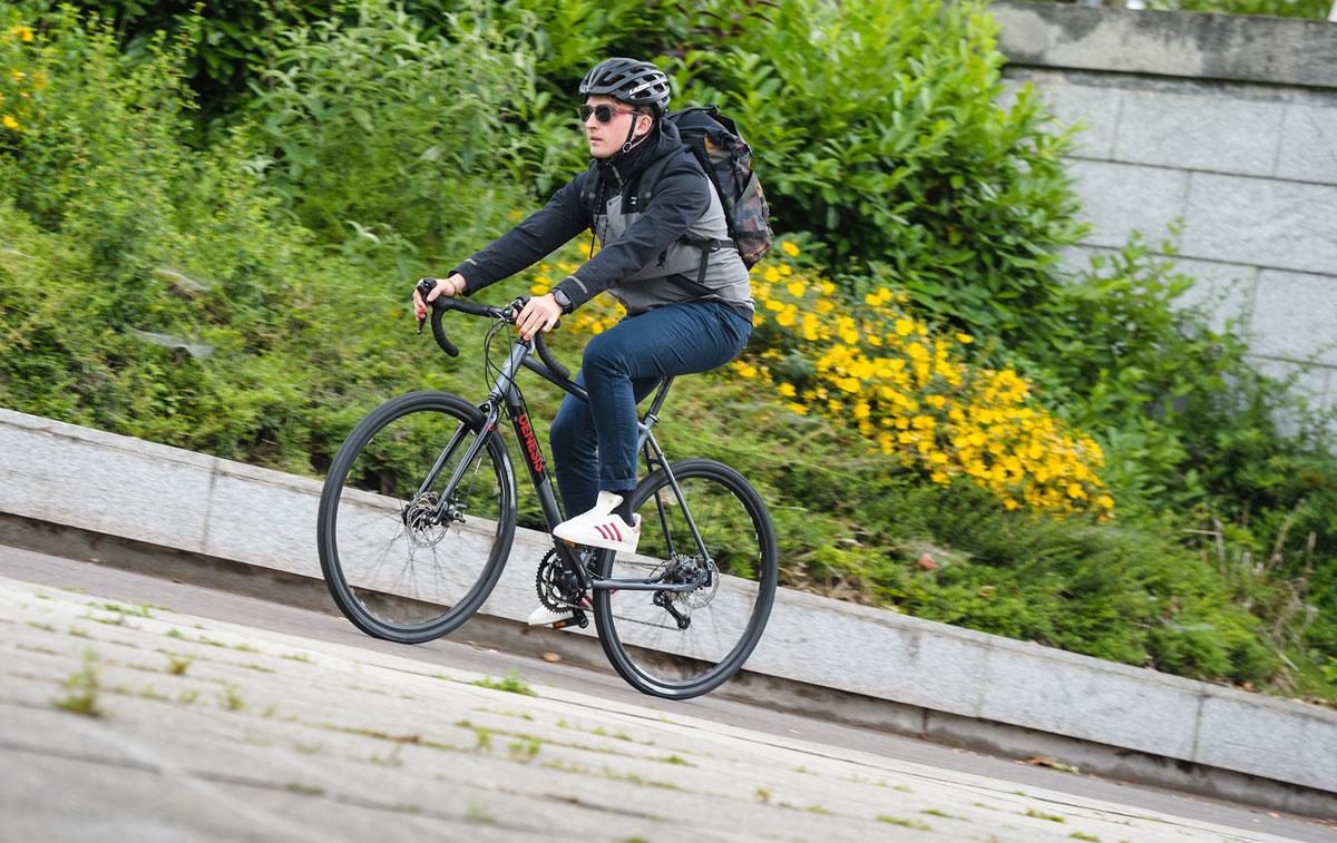 Un vélo gravel, ça fait le taf [Calendrier de l'avent vélo 2020]