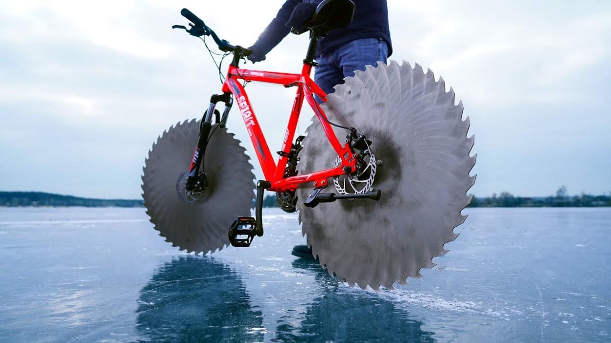 Comment rouler à vélo sur un lac gelé