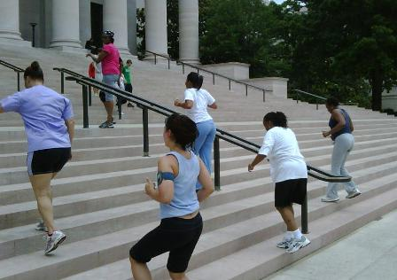 Stair climb with bicep curls