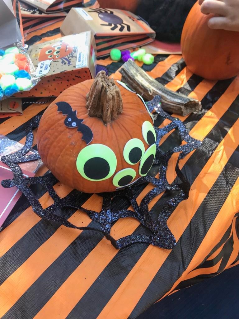 Pumpkin Decorating: Eyeball pumpkin