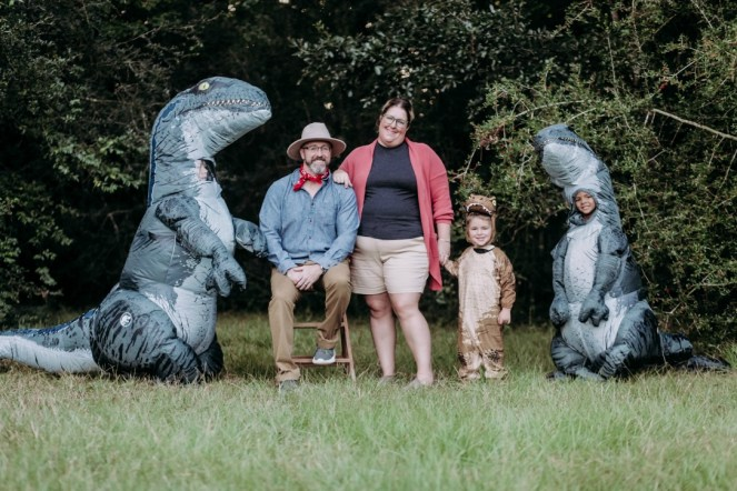 Jurassic Park Family Halloween Costumes posed family picture