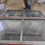 Cuiseur solaire avec la boîte de la chaleur