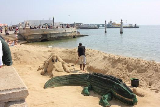 Les artistes du sable font de véritables œuvres d'art en sable