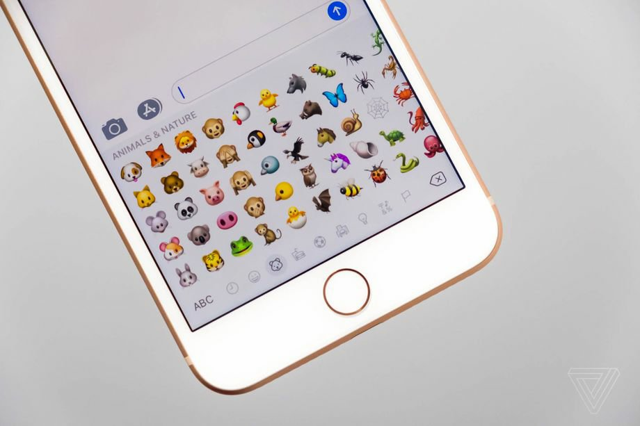Apple Adds Dinosaurs, Mermaids And Wizard Emojis To iOS11