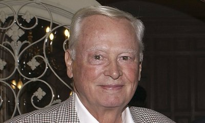 Barron Hilton, Whose Empire Included Hotels and an NFL Team, Dies in L.A. Home at Age 91