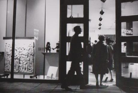 The David Stuart Gallery at 807 N. La Cienega Blvd. during a Monday Night Art Walk in 1963. (Photo by William Claxton, courtesy of Demont Photo Management LLC)