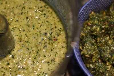 Pesto mit und ohne Nudelwasser