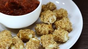 Baked Mozzarella Cheese Bites with Easy Marinara Sauce