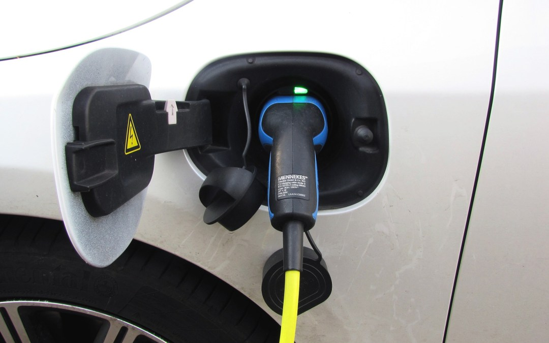 Why Are Electric Vehicles Heavier Than Gas Powered Vehicles?