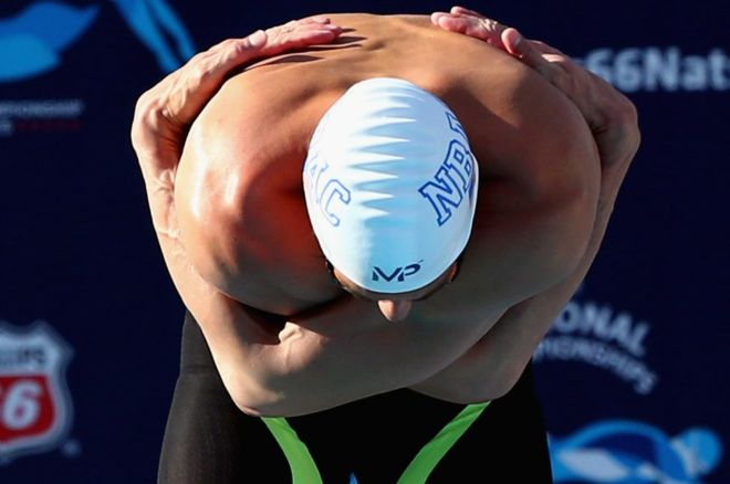 Michael Phelps stretch china social media competition