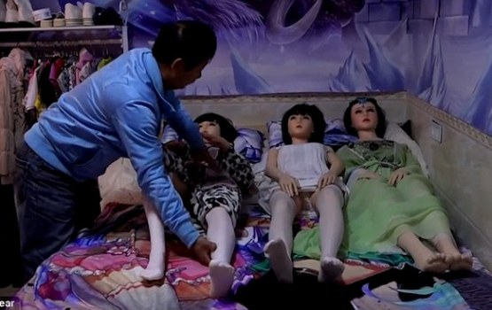 After Divorce, Man Lives With 7 Sex Dolls To Fill Void