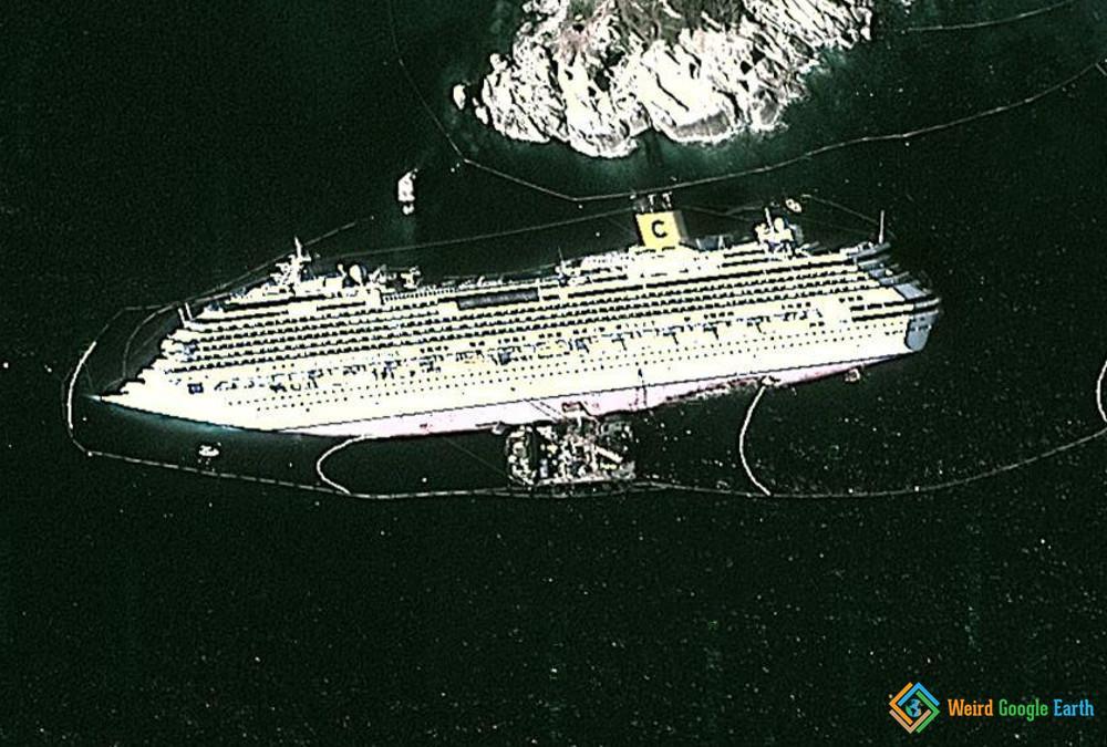 Costa Concordia Weird Google Earth - Cruise ship google earth
