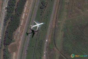 Airplane Landing, Guarulhos Airport, São Paulo, Brazil