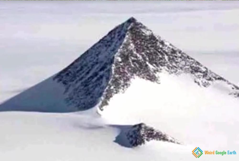 Perferct Antarctic Pyramid, Antarctica