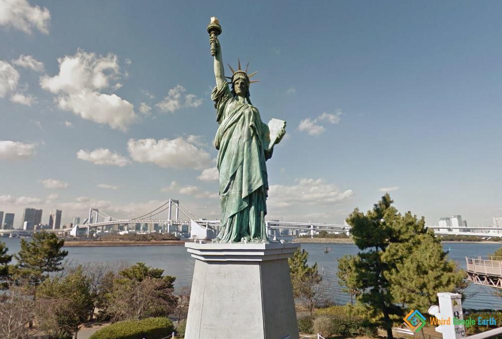 Statue of Liberty Replicate, Tokyo, Japan