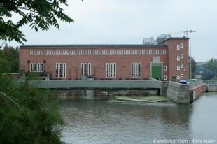 Breslau_Wasserkraftwerk_20erJahre_Architekten_Moshamer_Berg