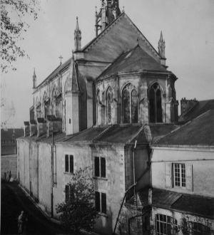 la chapelle avant