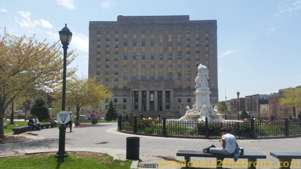 Bronx County Courthouse / Borough Hall / ©welcome2thebronx.com