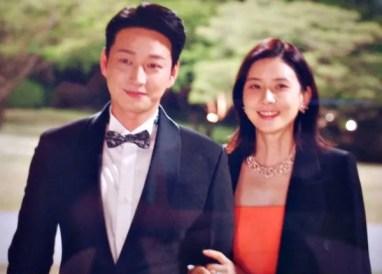 Lee BoYoung and Lee HyunWook