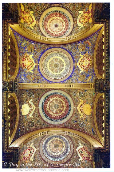 Ceiling frescoes with the name of King Chulalongkorn (Rama V) surrounding roundels centered with the royal cypher