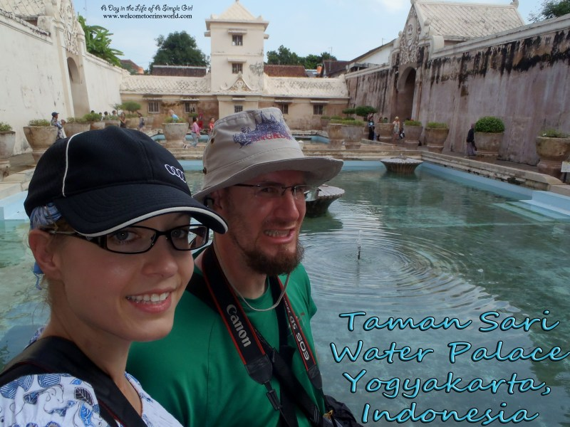 Selfies Through Asia | Taman Sari Water Palace, Yogyakarta, Indonesia | www.welcometoerinsworld.com