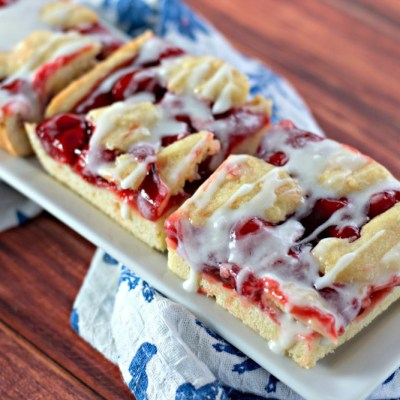 Melt In Your Mouth Cherry Pie Bars