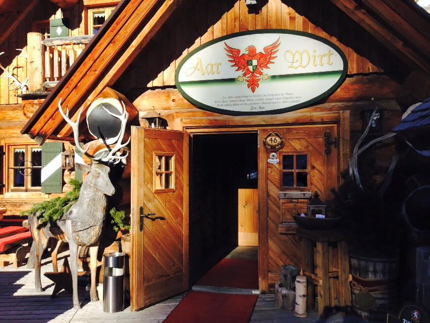 Ski Hut Aar Wirt in Hochfügen - Die Besten Hütten in Zillertal