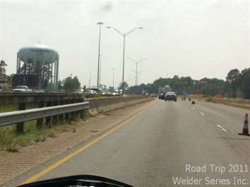 Unfortunately, there was construction at the Arkansas/Texas state line and there as no sign! So Dorothy took a picture of the water tower.