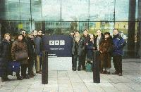 I giornalisti lucani all' ingresso della BBC