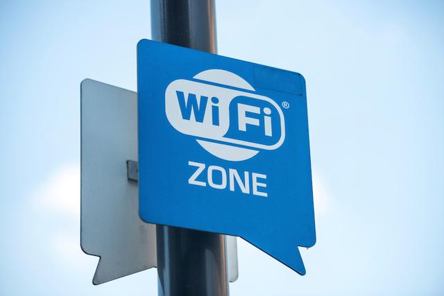 Public Wi-Fi hotspots - know the risks 3