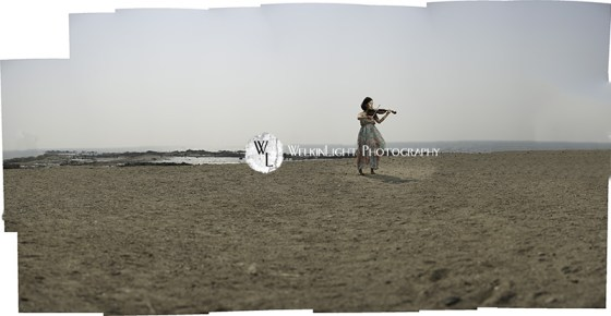 Violin on the Beach - Seoul Photographer