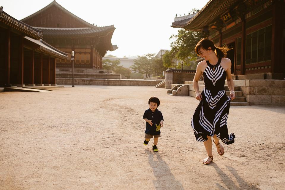 Lawson's Family Session - Deoksugung, Seoul