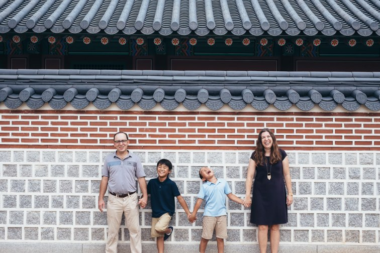 Family Photography at Gyeongbokgung