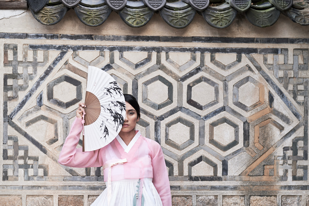 Seoul Portrait Photographer - Model Portfolio in Hanbok