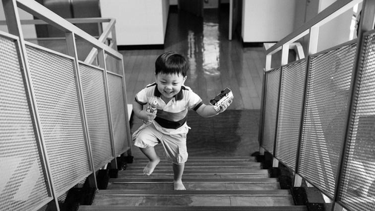 Ezra runs home - Custody Day