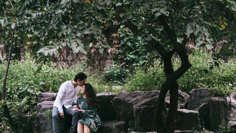 Engagement Photos at Cheonggyecheon, Seoul