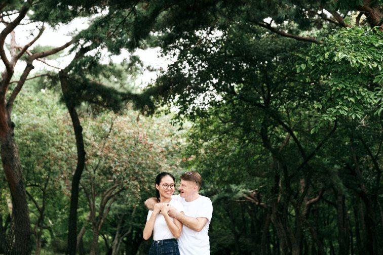 Engagement Portraits at Changgyeonggung Palace, Seoul