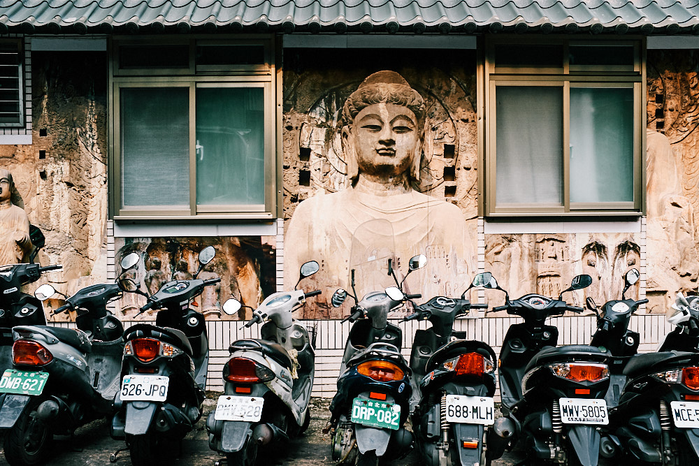 The Buddha with Taipei's Orderly Parking