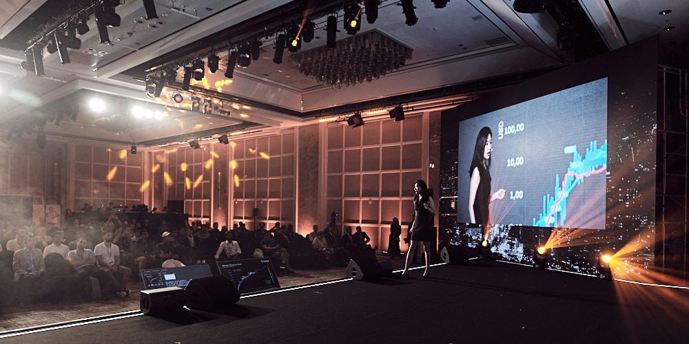 Presentation and Crowd - Seoul Coingeek 2019