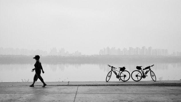 Hangang Cycling Path Hazy Day