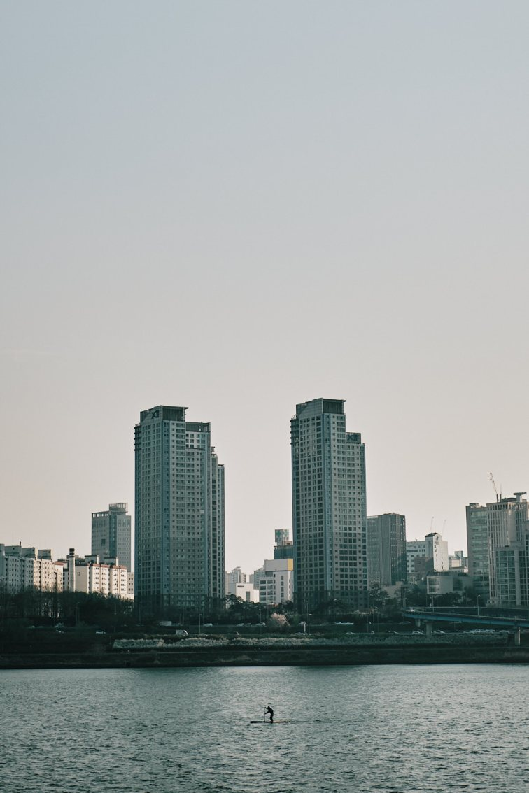Han River - Social Distancing