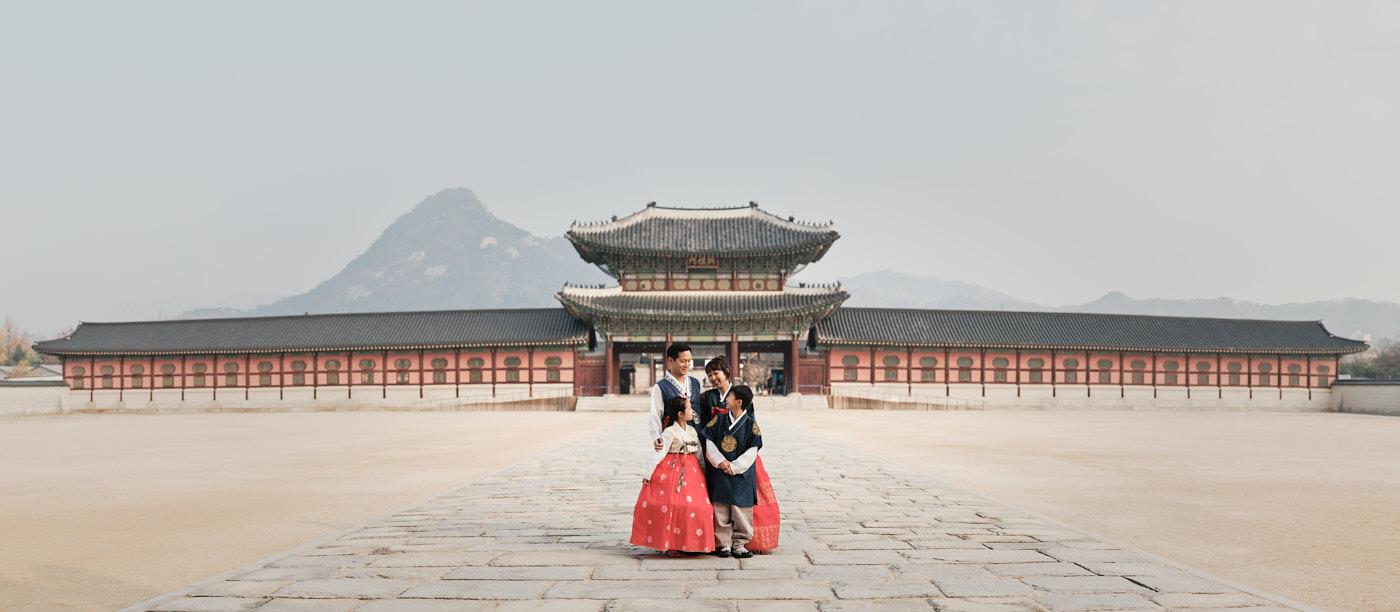 Hanbok Family Photography - Gyeongbokgung