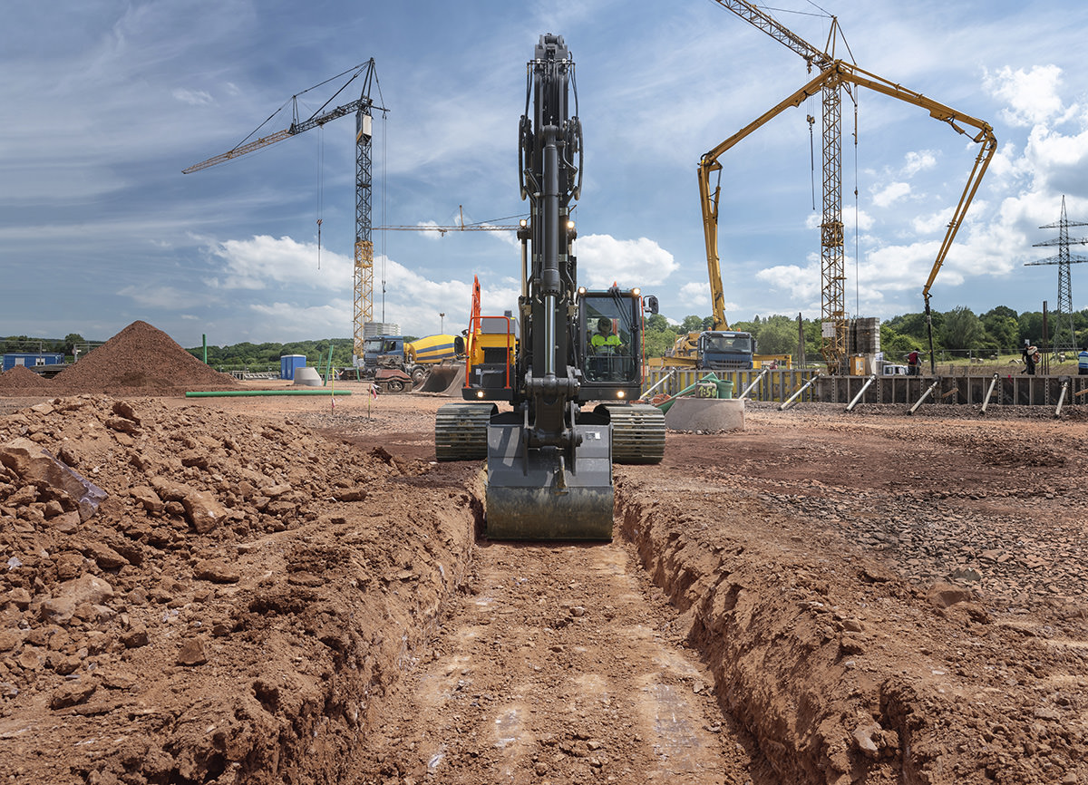Volvo EC300E Trench Digging - Commercial Photographer in Seoul
