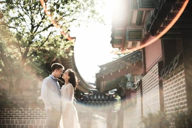 Lens Flare in the Bright Sun - Seoul Pre-Wedding