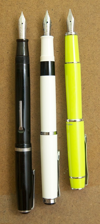 Pelikan M205 pen comparison