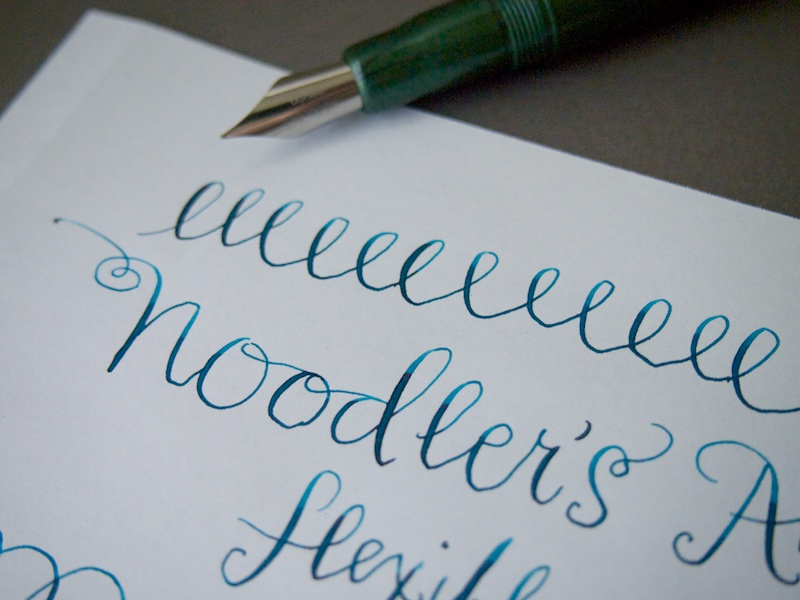 Noodlers Ahab Flex Fountain Pen